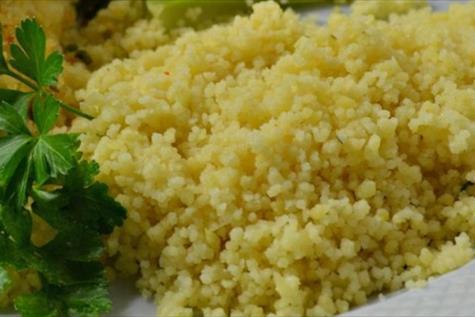 Couscous with Spicy Garlic Sauce