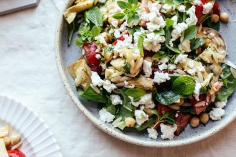 Orzo Salad with Chickpeas and Artichoke Hearts